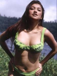 [Image: sarah_azhari_bikini_seksi11.jpg]
